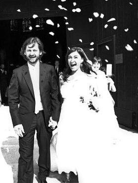 Addario and husband Paul de Bendern on their wedding day. Image courtesy Lynsey Addario.
