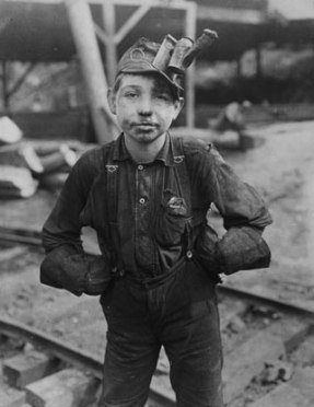 A boy working in a coal mine, 1909-1913, (c) Lewis Hine